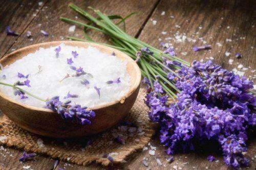 lavendel är en naturlig luftfräschare