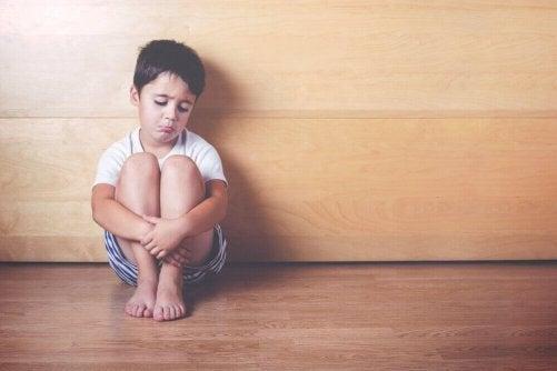 6 tecken på emotionellt försummade barn