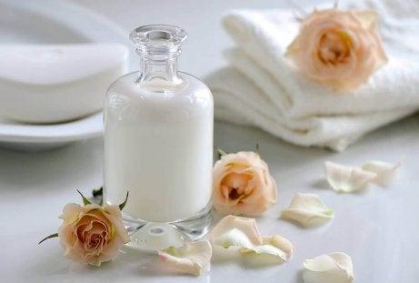 Mjölk gör tvätten vitare