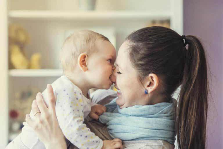 Hur man bör reagera när barn biter