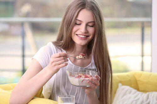 Vad bör man äta till frukost för att gå ner i vikt?