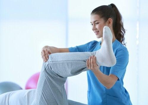 Lär dig hur du kan behandla muskelkramper