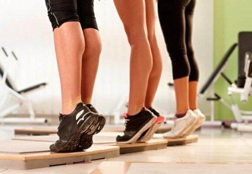 Prova dessa övningar mot celluliter