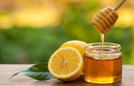 Honung och citron.