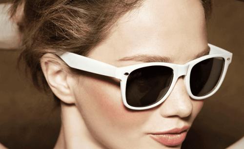 Det är farligt att inte använda solglasögon