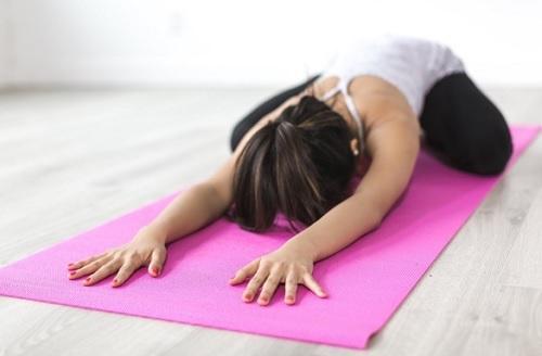 yoga lindrar ryggsmärta