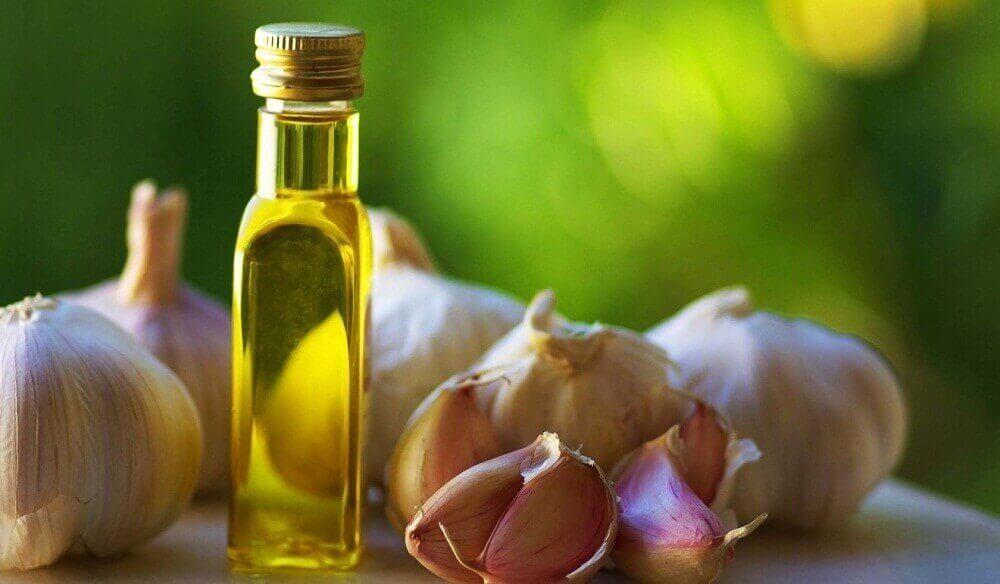 Vitlök och olivolja