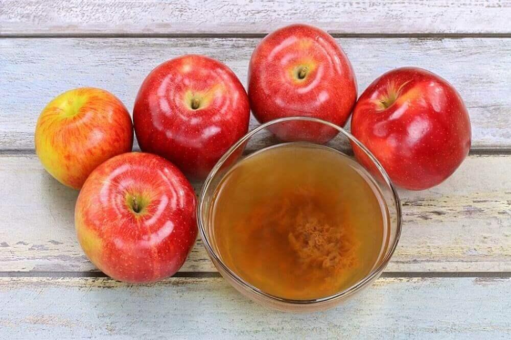 Äppelcidervinäger för att behandla invuxna tånaglar