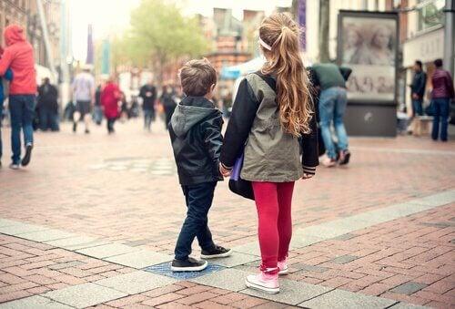 Lär dina barn vad de ska göra om de går vilse