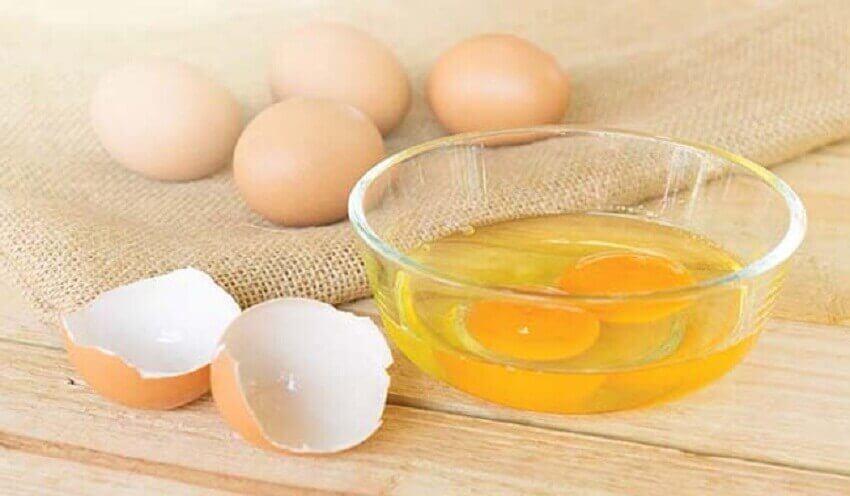 Behandling med äggulor.