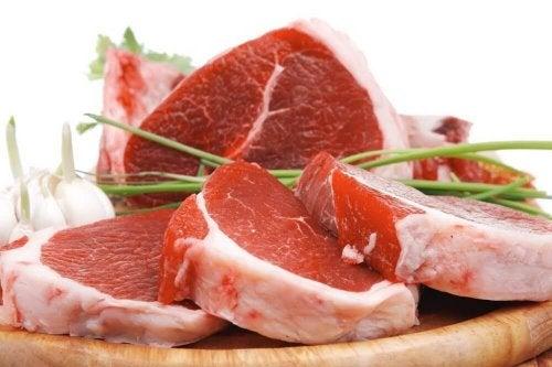För mycket kött kan orsaka förstoppning