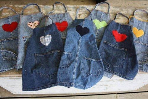 återvinna gamla jeans förkläde