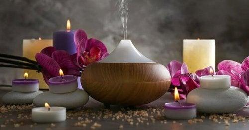 Aromterapi och ljus.