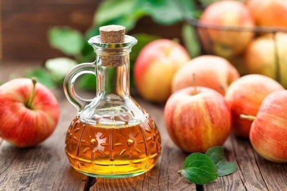 Äppelcidervinäger i flaska