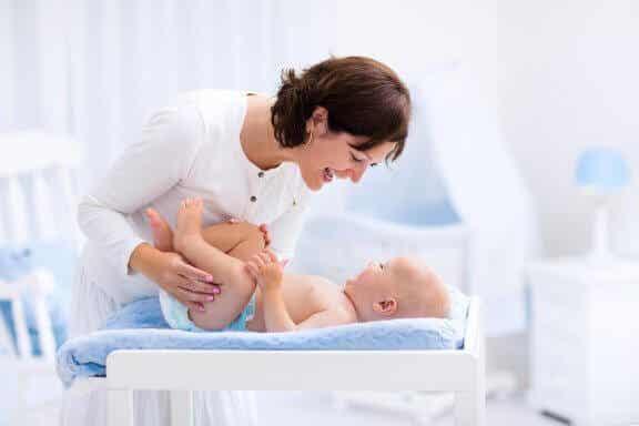 Varför du inte bör omskära din bebis