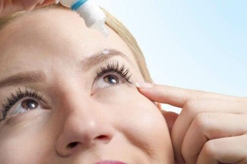Naturliga behandlingar mot torra ögon