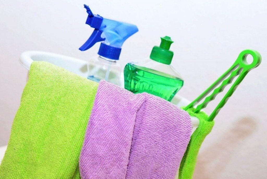 6 bortglömda ställen att rengöra i hemmet