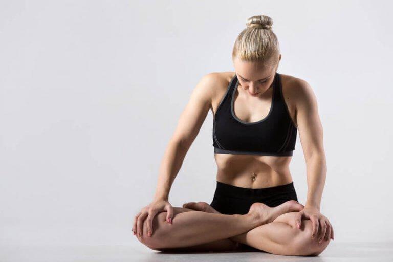 Utövar yoga