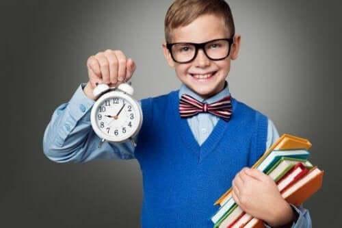 Hur du lär ditt barn god tidsplanering