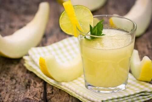 Juice med citron.