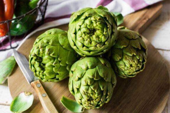 Kronärtskocka: en grönsak som hjälper dig med vikten