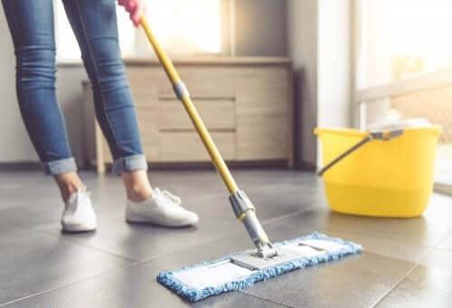 Sju tips för att rengöra klinkergolv ordentligt
