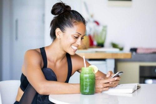 Fem juicer som kan hjälpa dig att minska midjan