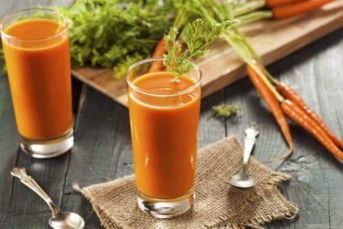 Denna slimmande grönsaksjuice är väldigt nyttig