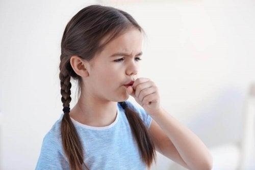 Sju tips för att behandla natthosta hos barn