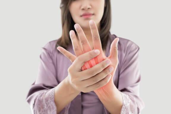 smärtlindring för lederna hand