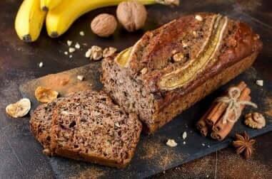 Prova denna utsökta banankaka med honung och kanel