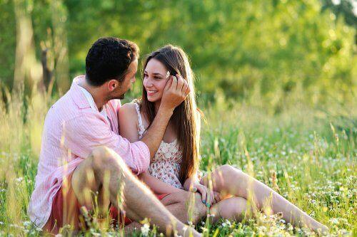 Ett par som vill gifta sig