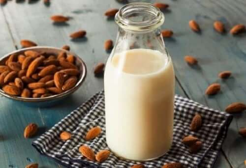 gör mandelmjölk själv