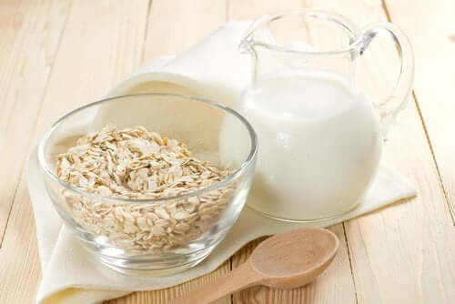 Vegetabilisk mjölkdrink till mellanmål - tre mumsiga recept