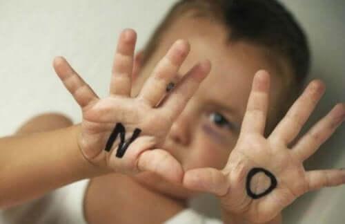 Agera mot barnmisshandel