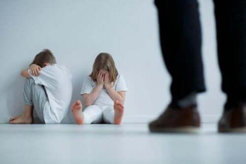 Nio tecken på barnmisshandel du måste känna till