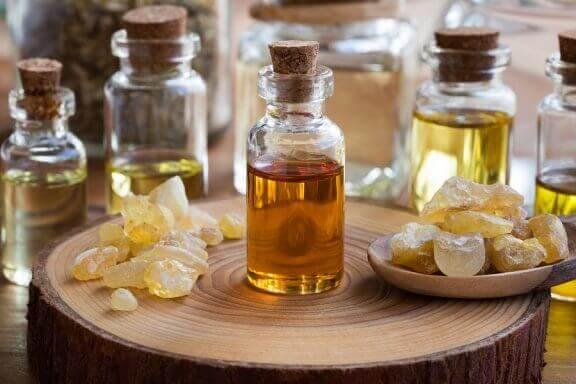 De fantastiska fördelarna med eterisk olibanumolja