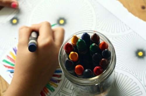 Kritor av olika färger
