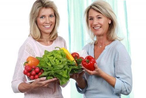 Grönsaker ska inkluderas i en kost för klimakteriet