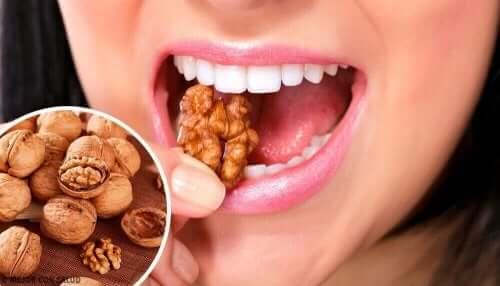 Valnötter innehåller fettsyror