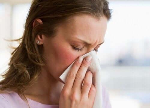 Kvinna med nedsatt immunförsvar