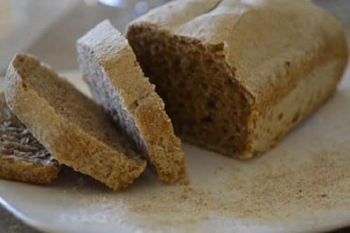 Rågbröd för att sänka kolesterolet till frukost