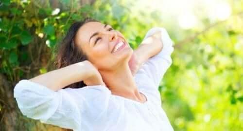 Fem naturliga kurer för att ta hand om skadat hår