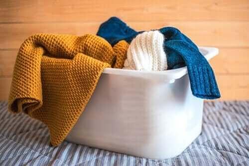 De bästa tipsen för att tvätta kläder av ull