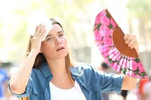 Orsakerna till värmeutmattning & hur man behandlar det