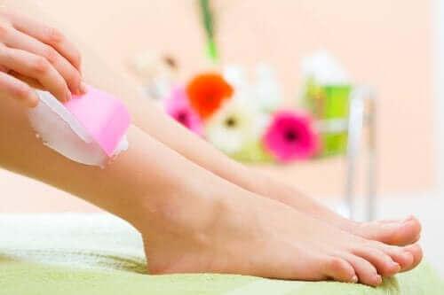 Metoder för hårborttagning: kräm
