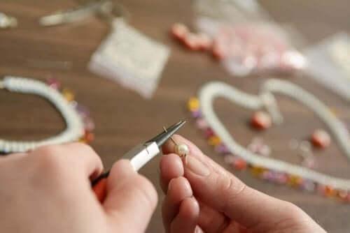 Pärlor för hantverk