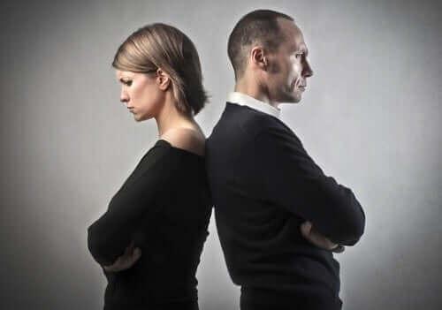 Personer vars giftermål är över
