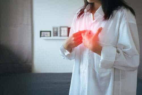 Symptom & behandlingar: gastroesofageal refluxsjukdom