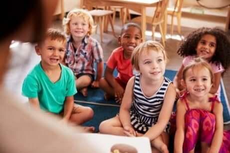 Grupp med barn